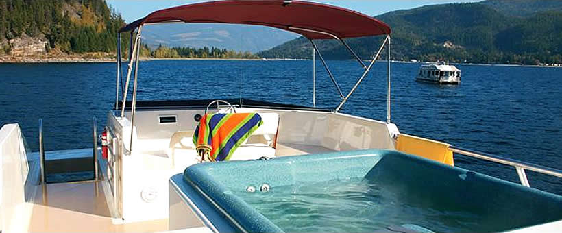 Houseboating in Oregon