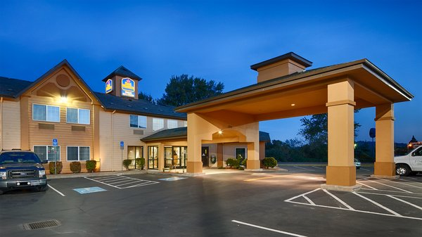 Best Western Dallas Inn Suites