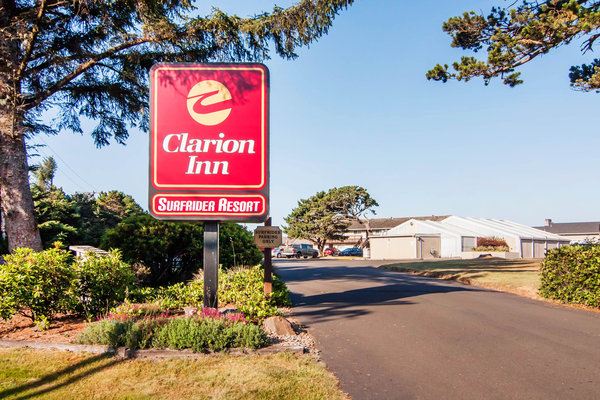 Clarion Inn Surfrider Resort